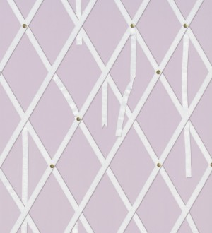Papel pintado ornamental de rombos con lazos fondo lila Batlló 563846