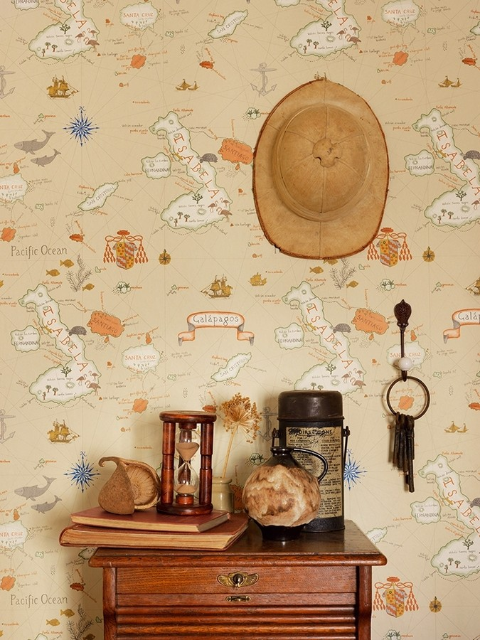 Papel pintado mapas de islas con animales vintage Gilavar 565505