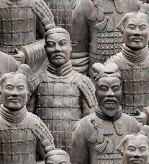 Papel pintado con guerreros de terracota chinos estilo oriental beige pálido Tianjin 421603