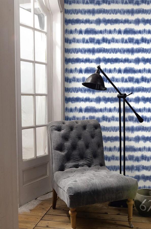 Papel pintado rayas difuminadas azul marino estilo nórdicoPapel pintado Raya Astrid Ethnic 676936 Raya Astrid Ethnic 676936