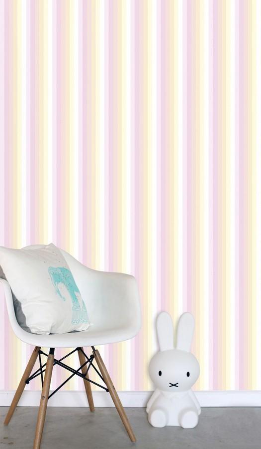 Papel pintado rayas estrechas tonos rosa Happy Field 677362