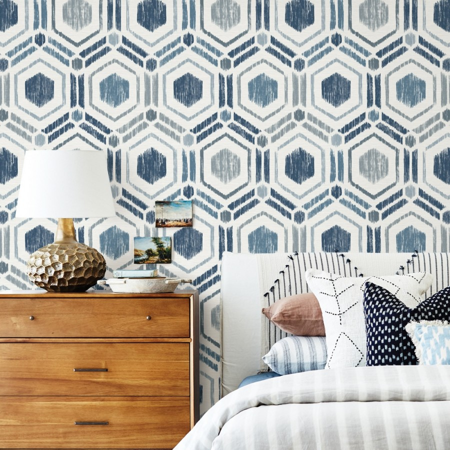 Papel pintado geométrico de hexágonos concéntricos tonos azules Hagen Etnik 679551
