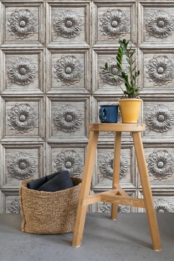 Papel pintado cuarterones con rosetones efecto madera tallada envejecida Napoli 679616