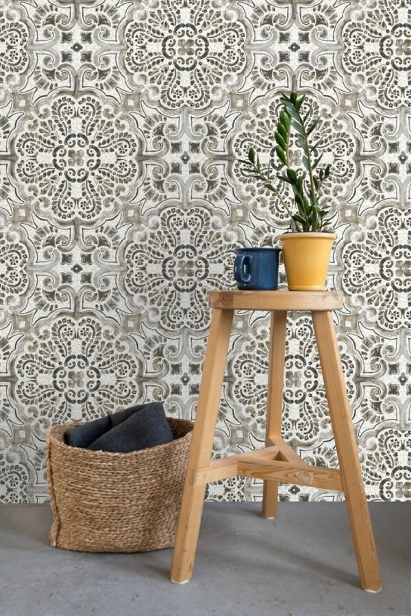 Papel pintado rosetones efecto azulejo tonos oscuros estilo árabe Nazar 679625