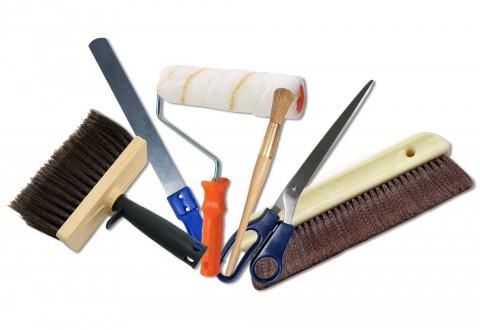 Herramientas para empapelar y pintar paredes
